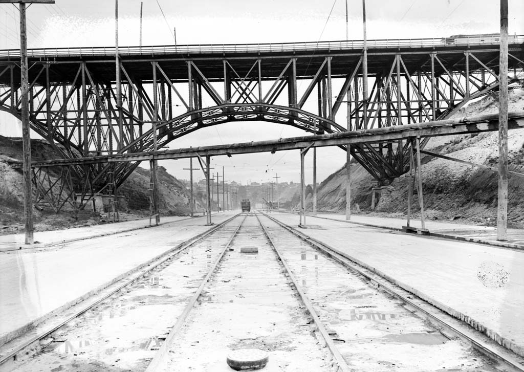 Bridges of Washington State: A Slideshow Primer of