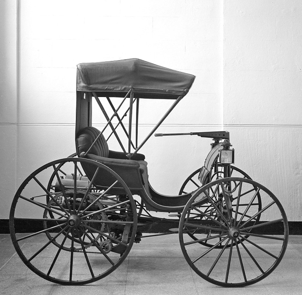 Duryea Motor Carriage First American Commercial Automobile