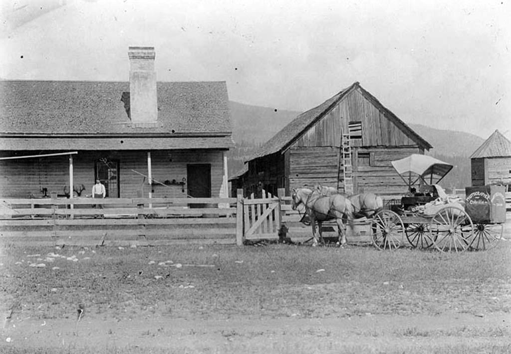 1067dff41131 Fort Colvile (Hudson s Bay Company)